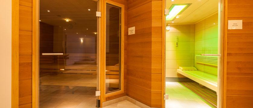 Hotel Postwirt, Söll, Austria - Sauna.jpg